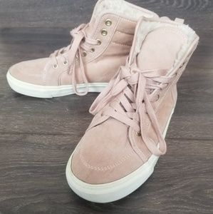 Old Navy high top suede shoes